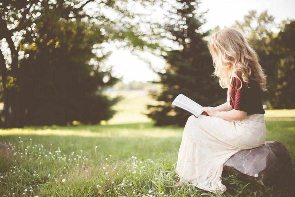 芸能人が配信している読み聞かせ動画をおまとめ!いつも聞いているお話でも芸能人が読むとまた一味変わって聞ける 読み聞かせ
